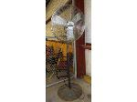 Lot: 02-17551 - Shop Fan
