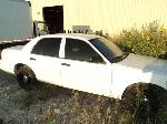 Lot: 12 - 2010 FORD CROWN VICTORIA