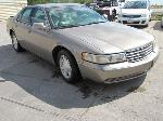 Lot: B604012 - 2001 Cadillac Seville