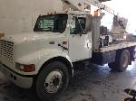 Lot: 182.ATLANTA - 2001 INTERNATL/VERSALIFT AERIAL TRUCK