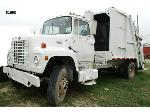 Lot: 51693 - 1985 FORD TRASH TRUCK