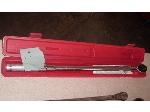 Lot: 01 - Torque Wrench