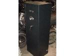 Lot: 25 - Small Rifle Safe