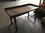 Lot: 04 - Metal Table