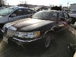 Lot: 874309 - 2000 Lincoln Town Car Cartier