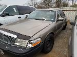 Lot: 31 - 2003 MERCURY GRAND MARQUIS