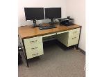 Lot: 17 & 18 - (6) Desks