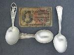 Lot: 1858 - 10 CENT FRACTIONAL NOTE & STERLING SPOONS