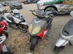 Lot: 21-005025  - 2005 Red Moped