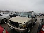 Lot: 29-A72978  - 2000 Ford Explorer Sport SUV