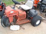 Lot: 05 - Toro Sand Pro 3020 Mower