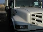 Lot: FM012 - 2002 INTERNATIONAL 4700 DUMP TRUCK