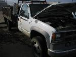 Lot: FM030 - 1998 CHEVY 3500 HD FLATBED TRUCK