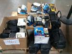 Lot: 410.AUSTIN - Cameras, GPS, Cell Phone & Blackberry Cases