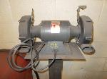 Lot: 02.RB - Dayton Bench Grinder