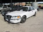 Lot: 1526003 - 2005 FORD CROWN VICTORIA - HAS KEY