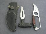 Lot: 3372 - (2) FIXED BLADE KNIVES