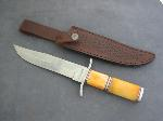 Lot: 3373 - FIXED BLADE TIMBER RATTLER KNIVE