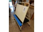 Lot: 2 - (5) Work Easels