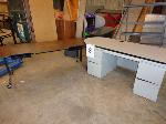 Lot: 8 - (2) Desks