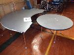 Lot: 32 & 33 - (4) Tables