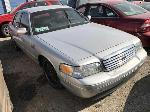 Lot: 110597 - 2002 Ford Crown Victoria