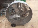 Lot: 103.PU - Industrial Fan