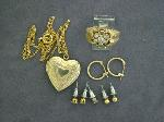Lot: 2071 - 10K RING & 14K EARRINGS