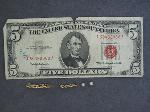 Lot: 2101 - 14K PIECE OF CHAIN & '63 RED SEAL $5 NOTE