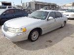 Lot: 20-99243 - 1999 Lincoln Town Car