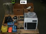 Lot: 516.AUSTIN - Cameras, Wildlife Trackers, GPS, Microscope