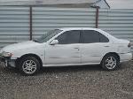 Lot: lot36 - 1999 Nissan Sentra