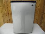 Lot: A5417 - Working Sanyo 4.8 cu Table Top Refrigerator