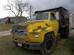 Lot: 03 - 1992 Ford F650 Truck
