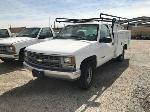 Lot: 22037-4 - 2000 Chevrolet C2500 Truck