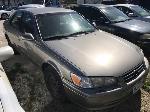 Lot: 01 - 2000 Toyota Camry