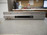 Lot: 1081 - Sony SLV-D350P DVD Player/VCR