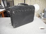 Lot: 1093 - Dell-branded Laptop Bag
