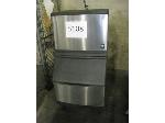 Lot: 5108 - MANTOWOC ICE MAKER