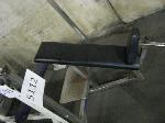 Lot: 5112 - INCLINE GYM BENCH