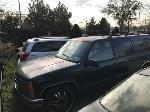Lot: 17-0236 - 1998 CHEVROLET SUBURBAN SUV - KEY