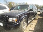 Lot: 814-A76150 - 2000 FORD EXPLORER SUV