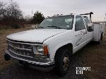 Lot: RL 235.DALLAS - 2000 CHEVROLET CC30943 TRUCK
