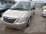 Lot: 14-101594 - 2005 Chrysler Town And Country Van