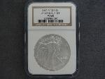 Lot: 158 - 2000 SILVER EAGLE DOLLAR NGC MS69