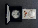 Lot: 191 - 2003-W & 2003 AMERICAN SILVER EAGLES
