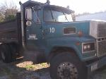 Lot: 117 - 1985 Ford 4.5 Ton Truck