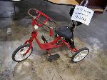 Lot: 283.LUB - Red Childrens Tricycle