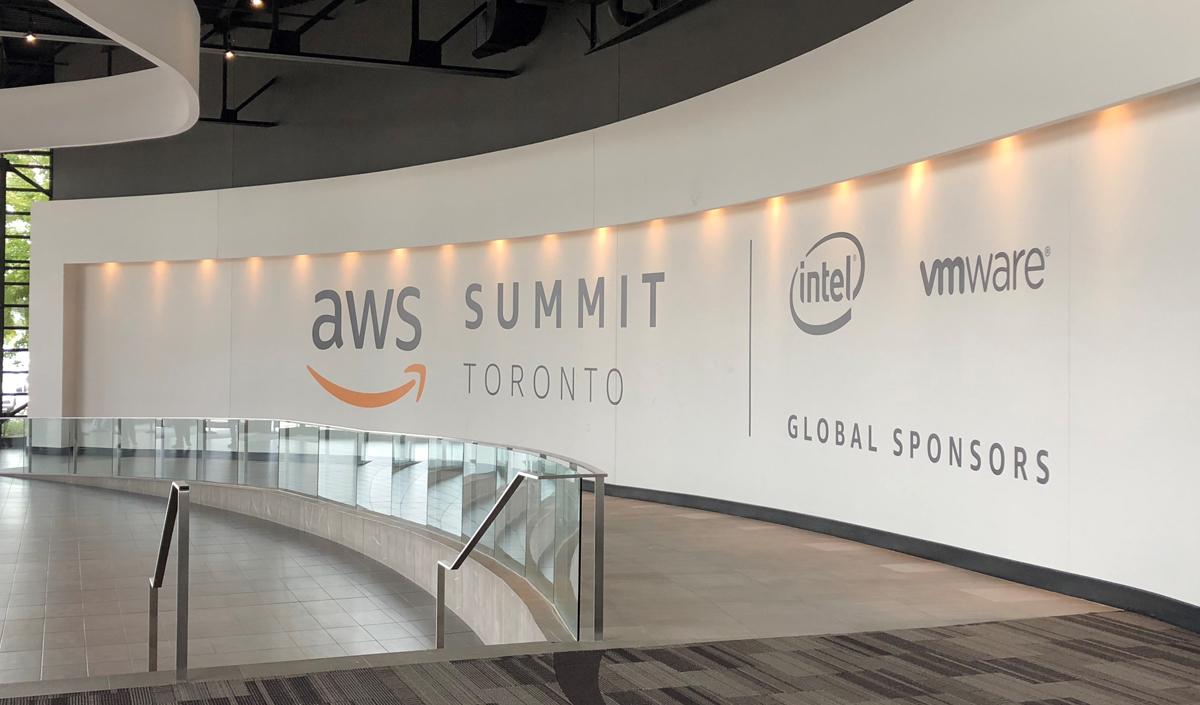 aws_summit_toronto_2018_s