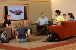 Students discuss class topics in the Lebegern Learning Commons